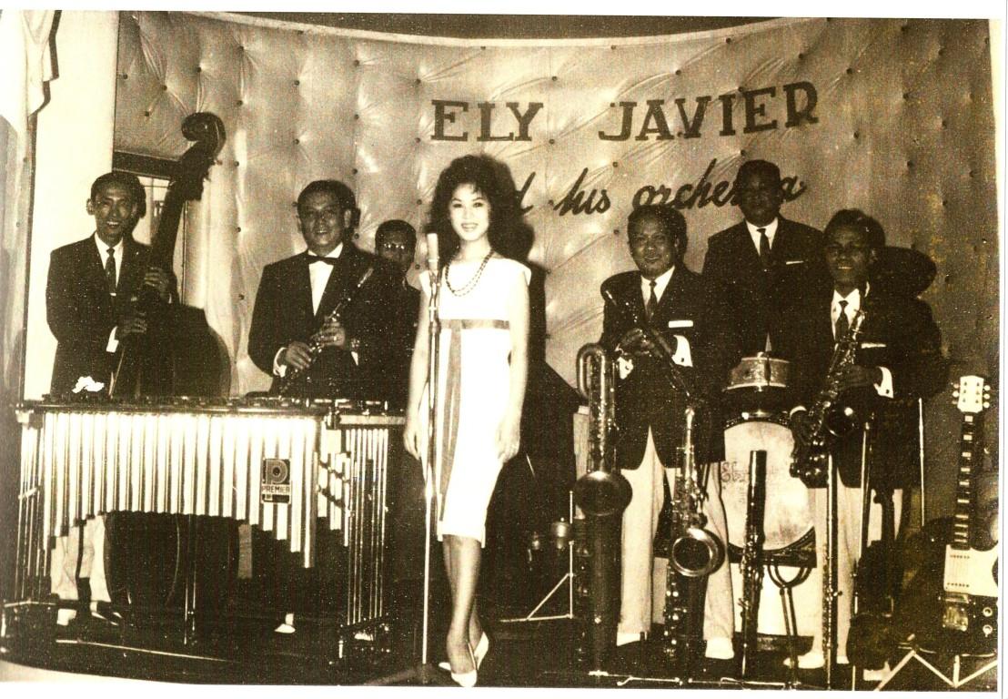 BACH YEN avec Ely Javier à saigon en 1959.jpg